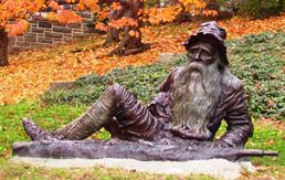 Irvington_statue_of_Rip_van_Winkle